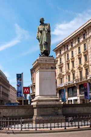 classicism: Milan, Italy - May 25, 2016: Giuseppe Parini statue in Milan Dante street. Giuseppe Parini - Italian poet, representative of the Italian Enlightenment classicism.