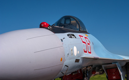 The cabin of a jet fighter pilot of Sukhoi SU35 - under the NATO codification: Flanker-E. Imagens