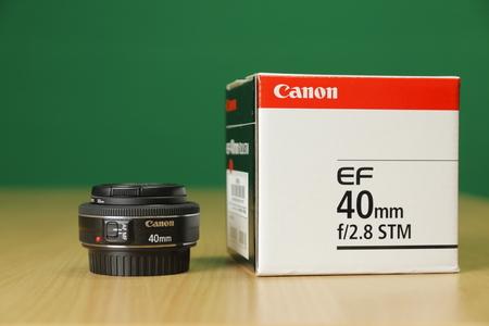 Canon Lens 40mm Box
