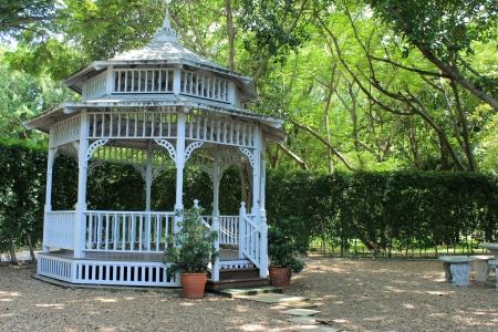 tuinhuis: Zomerhuis Stockfoto