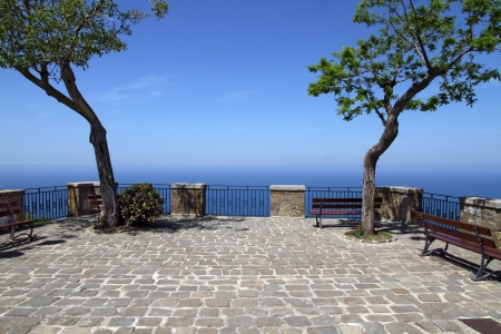 Terrace with trees and sea view - Cobble-paved terrace in Castellabate - Italy