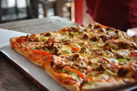 break fast: Pizza in the Hutongs in Beijing in China