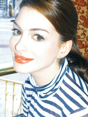 hathaway: Anne Hathaway Actress at NYC restaurant 2006