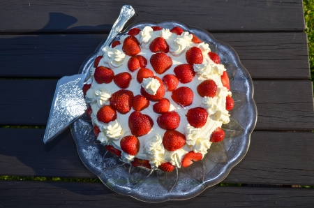 Homemade strawberry cake on a table Stock Photo - 20724564