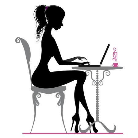 secretaries: Silueta de la muchacha hermosa con el ordenador portátil