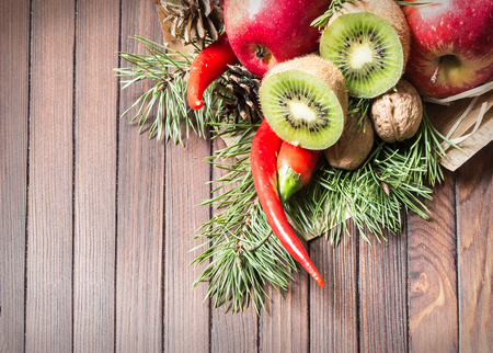 Fruit bouquet with kiwis and chilies.