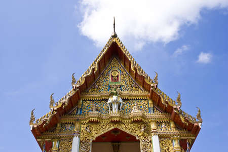 thaiart: thaiart above frontside of buddha church
