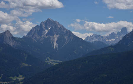 From the top of its 2839 meters the Picco Vallandro dominates the Braies valley Banco de Imagens