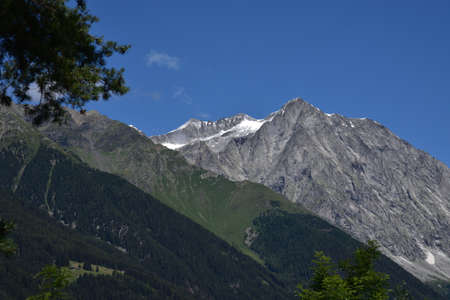 Summer snowfall on the Croda Nera in the Anterselva valley