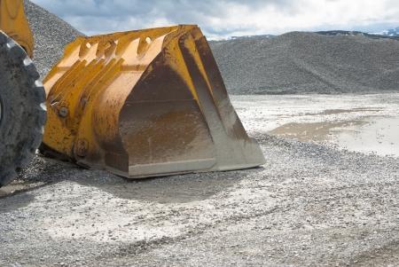 sand quarry: gravel indusry