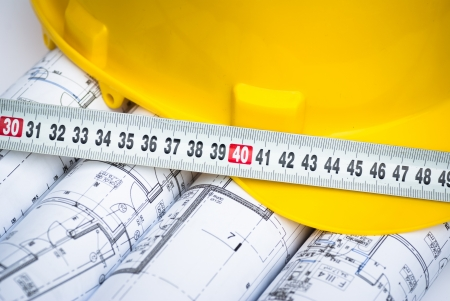adn: arquitect�nico dibujos adn casco amarillo de la construcci�n Foto de archivo