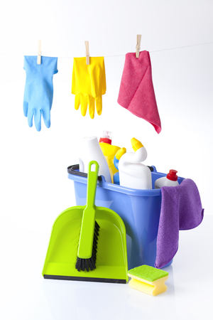 tidiness: cleaning detergents and items