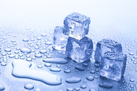 cubos de hielo: fusión del hielo