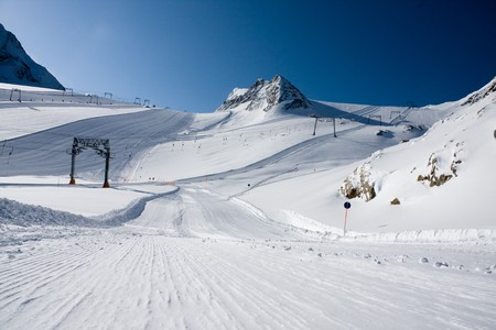 Ski slope under high mountains. Kaprun, Austria. Stock Photo - 4550876