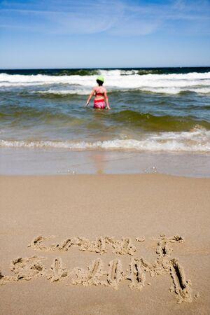 ahogarse: El canto de natación por escrito en la playa