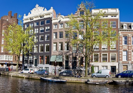 Amsterdam Life. Residential homes on the canal. Urban scene. Spring. Stock Photo - 10287348