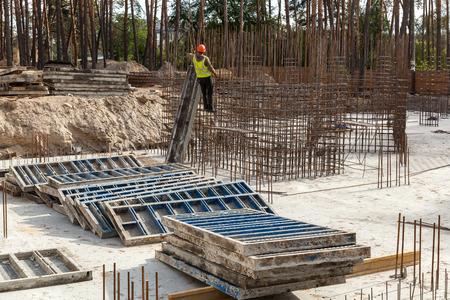 Design Of Reinforcement Cage Of Reinforcement For Concrete Frame ...