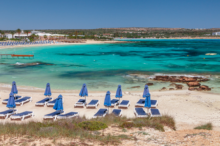 Beautiful landscape near of Nissi beach and Cavo Greco in Ayia Napa, Cyprus island, Mediterranean Sea. Amazing blue green sea and sunny day. Standard-Bild