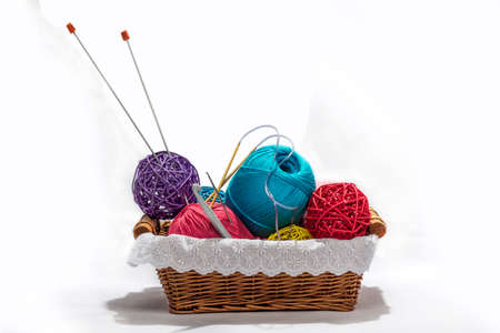basket embroidery: Knitting in the basket  There is also the spokes  All on pure white background