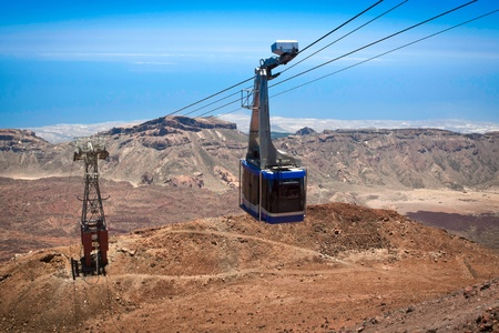 Teleferico cable-car gondola going up to peak of Teide Volcano, Tenerife Banco de Imagens