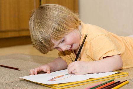 giggle: Child draws