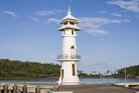 White lighthouse in bay on Koh Chang island, Thailand Stock Photo - 7317422