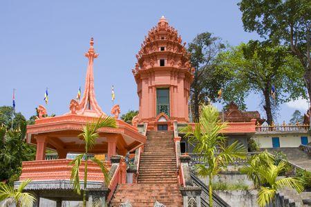 ville: Buddhist temple in Sihanouk Ville, Cambodia.