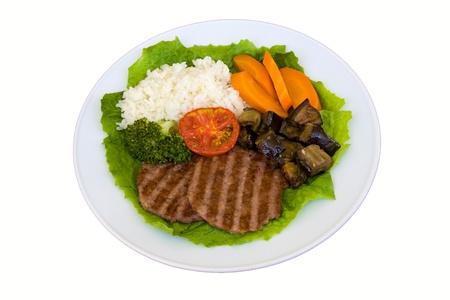 lunchen: Ontbijt op een plaat geïsoleerd op witte achtergrond Stockfoto