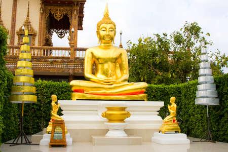 Statue of Buddha in Bangkok , Thailand Stock Photo - 9972082
