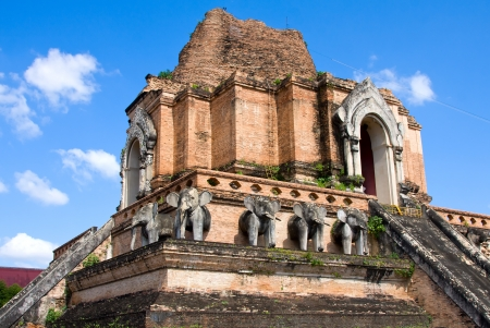 Ruinous pagoda in Wat Jedi Laung, Chiang Mai, Thailand Stock Photo