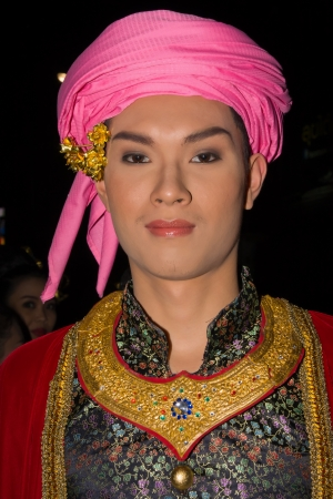 CHIANG MAI, THAILAND - NOVEMBER 10: Thai people takes part in the opening parade of the Loy Krathong Festival in Chiang Mai, Thailand on November 10, 2011 Stock Photo - 14141596