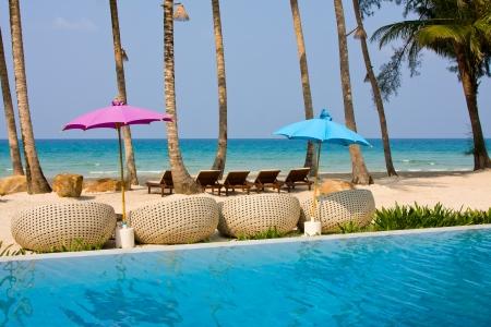 Swimming pool on the beach. Island Koh Kood , Thailand . 스톡 콘텐츠