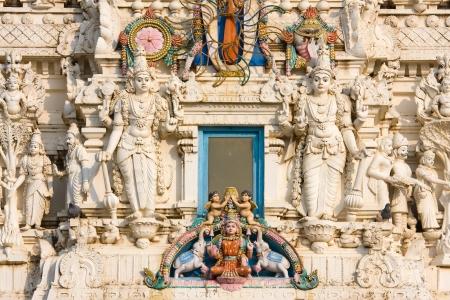 hindues: Los detalles de los hind�es dios en un templo, Pushkar, Rajasthan, India