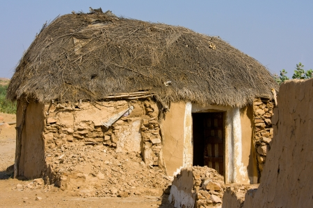 Lonely cabin in the desert near Jaisalmer, India