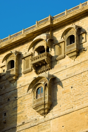 thar: Palace of the Maharajah in Jaisalmer, the magnificent Golden City in the heart of Rajasthan (India), surrounded by the desert of Thar Stock Photo