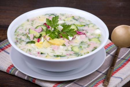 Close-up of russian cold vegetable soup on yogurt (sour-milk) base - okroshka 版權商用圖片