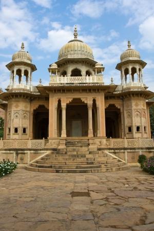 crematorium: Memorial grounds to Maharaja Sawai Mansingh II and family constructed of marble. Gatore Ki Chhatriyan, Jaipur, Rajasthan, India.