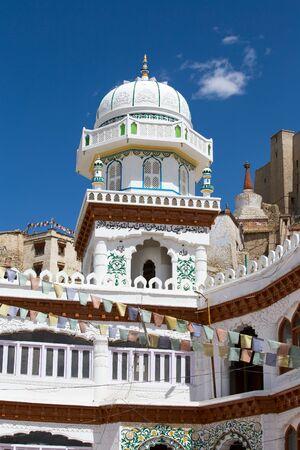 tibetan house: Beautiful Leh Mosque in old city Leh, Ladakh, Jammu and Kashmir, India