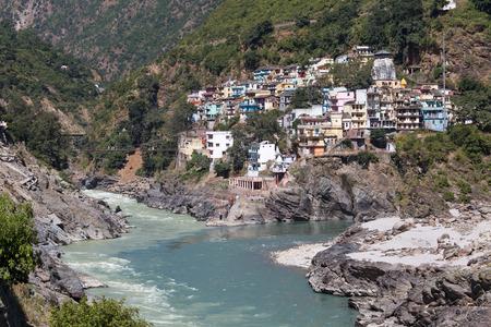 shanty: Devprayag iof Alaknanda River