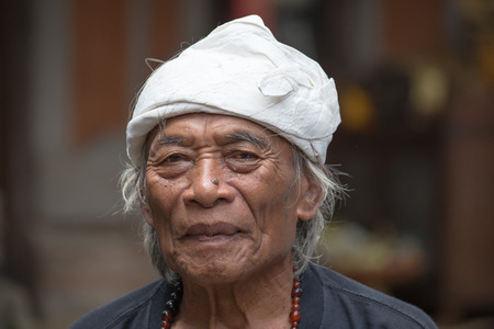 healer: UBUD, INDONESIA - MARCH 10, 2015 : Portrait Ketut Liyer, traditional healer, who starred in the movie  Eat Pray Love  with Julia Roberts in 2010