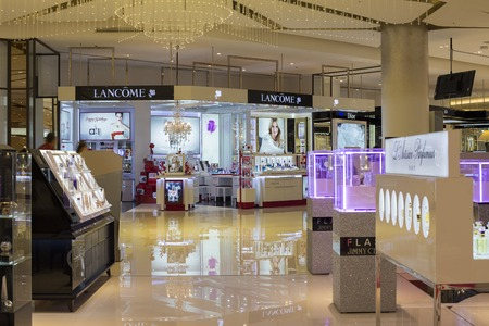 paragon: BANGKOK,THAILAND - NOVEMBER 19, 2013 : Lancome shop in Siam Paragon Mall. With 300,000 sq m of retail space Siam Paragon is one of the worlds largest malls. Editorial