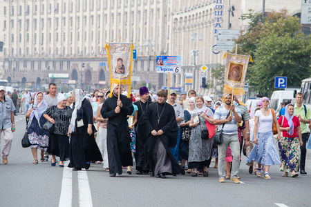 worship service: KIEV, UKRAINE - JULY 27, 2016 : Parishioners Ukrainian Orthodox Church Moscow Patriarchate during religious procession. At present there is undeclared war of Kiev Patriarchate and Moscow Patriarchate Editorial