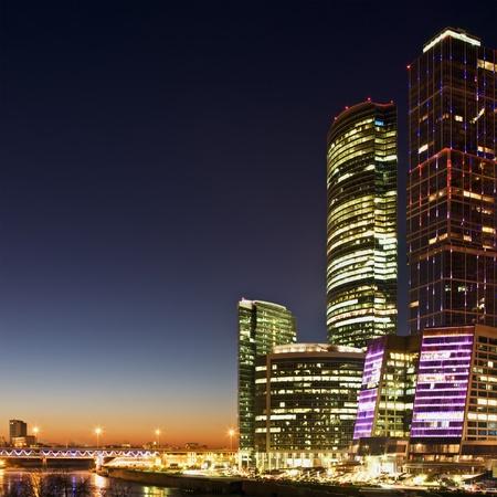 the center of the city: Rascacielos Centro Internacional de Negocios (Ciudad) en la noche, Mosc�, Rusia