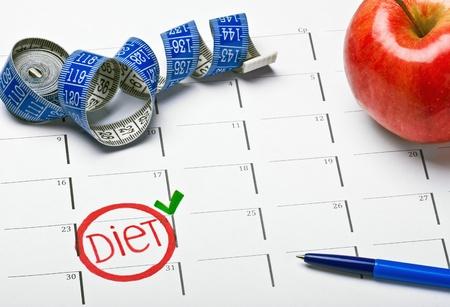 start date marked on the calendar diet photo