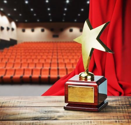 Star award voor dienstverlening aan de achtergrond van het auditorium