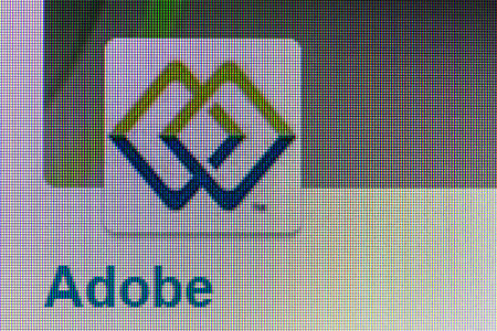 モスクワ, ロシア - 2014 年 9 月 24 日: ロゴ、Adobe のページ。Adobe システム米国ベースのソフトウェア開発者。サンノゼ (カリフォルニア) に本社を置