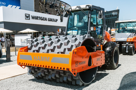 display machine: RUSSIA, MOSCOW - May 31, 2016: exhibits, cars and construction equipment International Specialized Exhibition of Construction Equipment and Technologies at Crocus Expo
