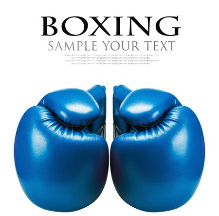 fond de texte: boxe en cuir gants bleu isolé sur fond blanc. texte supprimé