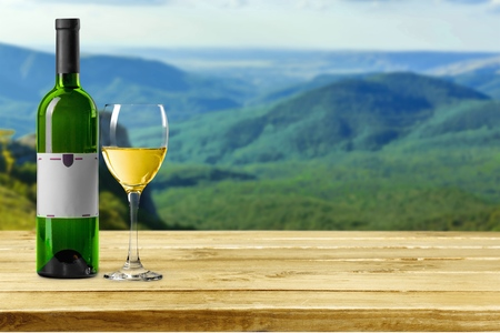 Wine, Bottle, White Wine. Stock fotó - 41102526