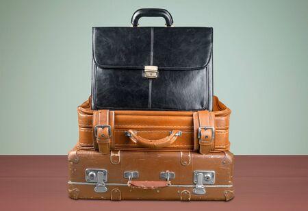 maleta: Maleta, Retro, Equipaje. Foto de archivo